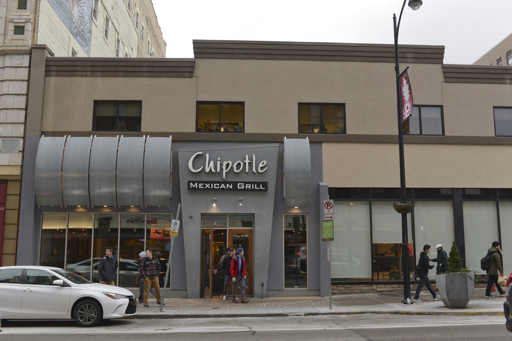 Pitt's Board of Trustees approved the purchase of the two-story building where Chipotle is currently located. Wenhao Wu | Senior Staff Photographer