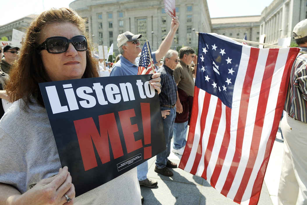 The Tea Party movement holds a protest in Washington, DC ...