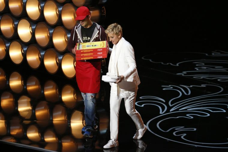 Ellen+Degeneres+puts+a+human+touch+on+the+Oscars