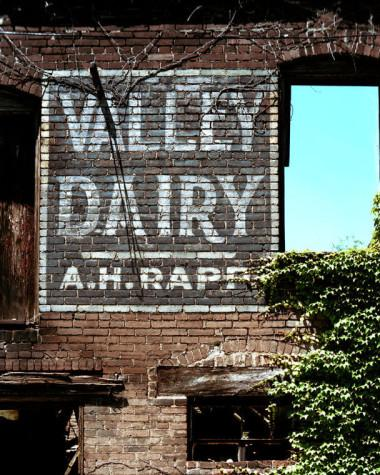 Ghost Signs Haunt Pittsburgh's Skyline