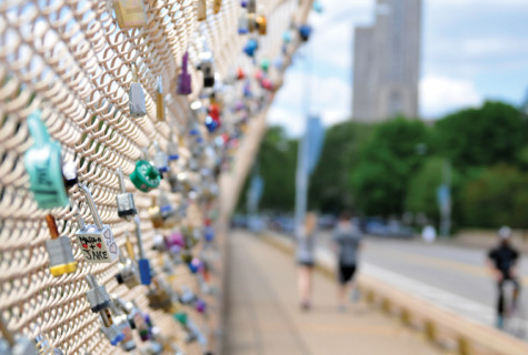 Throw away the key: Pittsburgh couples lock love