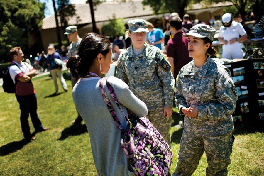 US NEWS CMP-ROTC-ADV05 LA