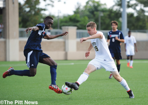Men's Soccer: Solid in all areas, Pitt shuts out Duquesne in scrimmage