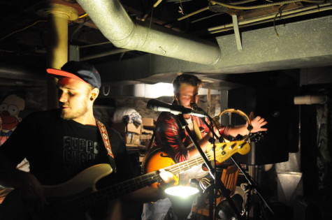 Oakland house shows offer cheaper, more intimate live music