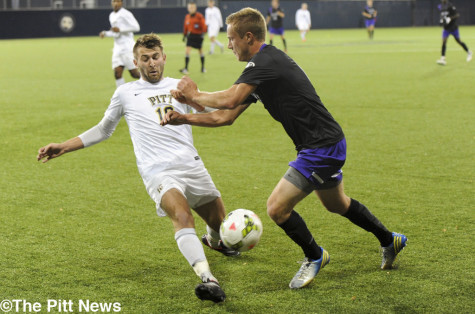 Men's soccer hosts Fighting Irish in season finale Saturday