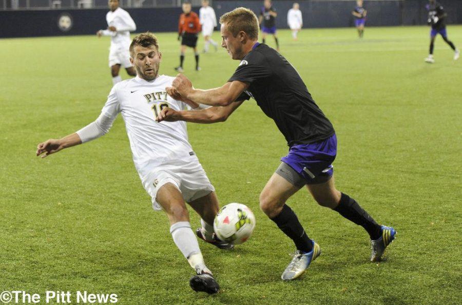 Men's soccer hosts Fighting Irish in season finale Saturday
