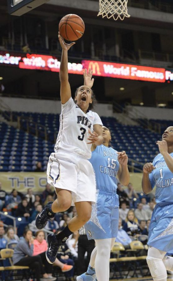 Pitt stuns highly ranked Tar Heels with 25-point drubbing
