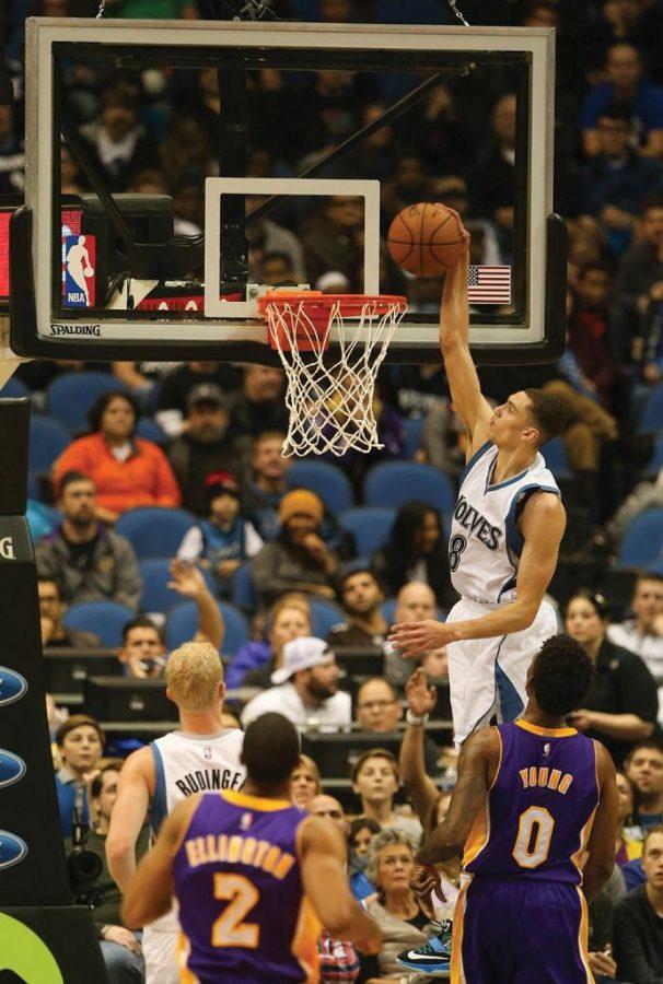 NBA+trade+deadline+still+provides+entertainment+for+fans