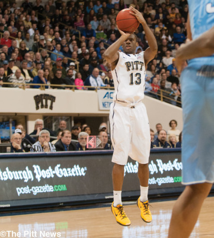 Torrent of 3-pointers helps guide Pitt over No. 12 North Carolina