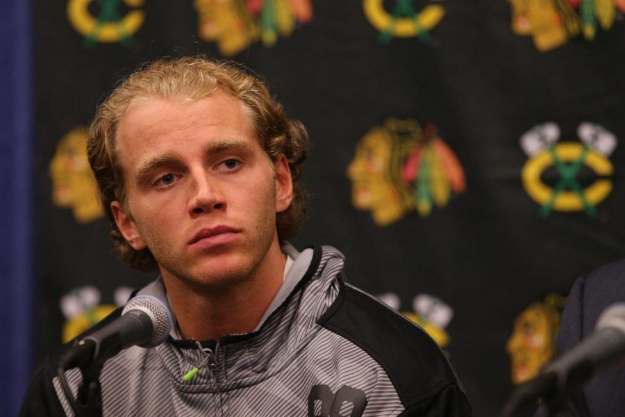 Patrick+Kane+is+seen+at+a+press+conference+before+the+start+of+the+Chicago+Blackhawks+training+camp+on+Thursday%2C+Sept.+17%2C+2015%2C+at+the+University+of+Notre+Dame+Compton+Family+Ice+Center+in+South+Bend%2C+Ind.+%28Antonio+Perez%2FChicago+Tribune%2FTNS%29