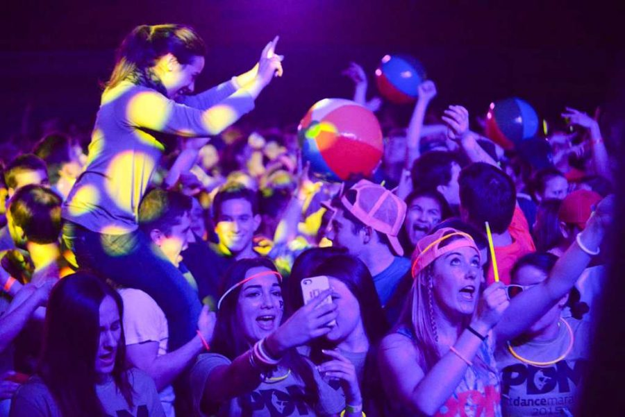 Students+dance+at+Pitt+Dance+Marathon+2015.+Photo%3A+TPN+file+photo