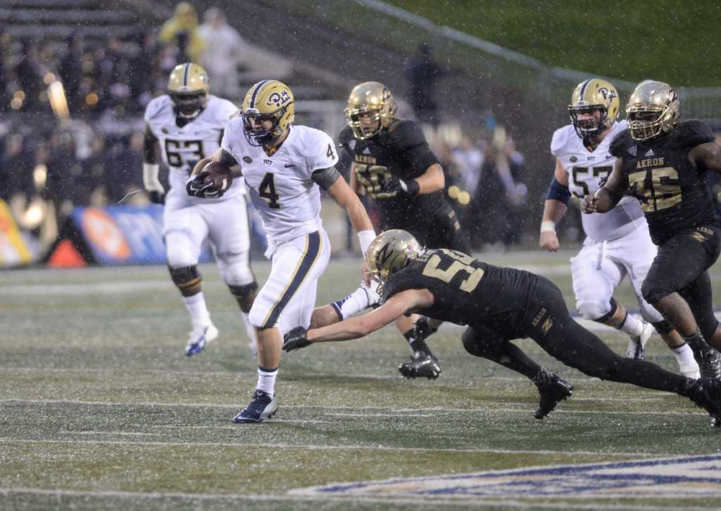 Backup quarterback Nate Peterman finished Pitt's 24-7 win in Akron after leading a touchdown drive to end the second half. | Jeff Ahearn / Assistant Visual Editor