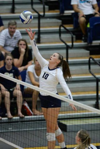 Pitt volleyball goes 2-1 in Michigan Challenge over weekend