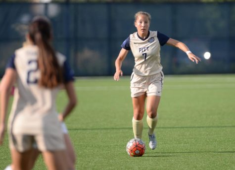 Women's soccer thriving thanks to strong freshmen play