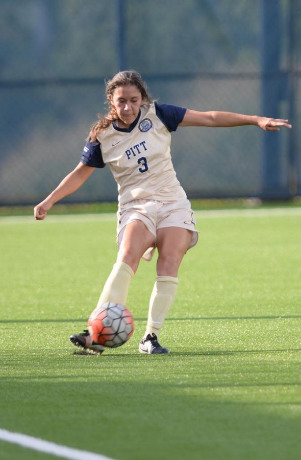 The+Pitt+women%27s+soccer+team+managed+only+two+shots+on+goal+in+a+4-0+loss+at+UCSB.+Jeff+Ahearn+%7C+Senior+Staff+Photographer