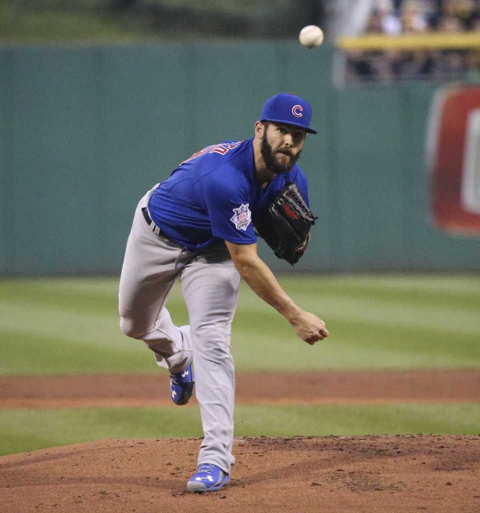 Chicago Cubs pitcher Jake Arrieta throws against the Pittsburgh Pirates during the first inning at PNC Park in Pittsburgh on Wednesday, Sept. 16, 2015. (Nuccio DiNuzzo/Chicago Tribune/TNS)