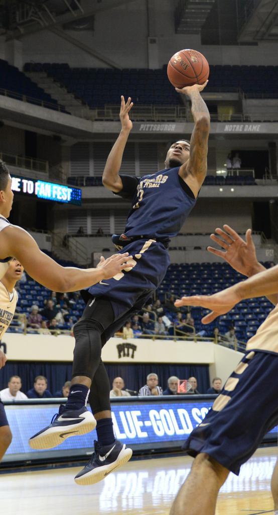 Damon Wilson goes for a shot at the Blue vs. Gold scrimmage on Sunday.  Wenhao Wu | Staff Photographer