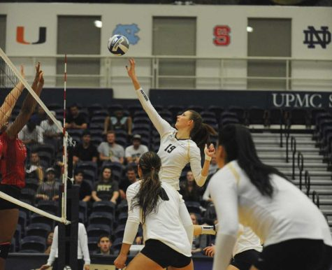 Pitt volleyball wins two road ACC matches