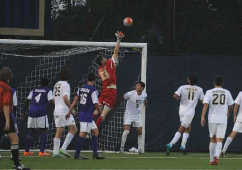 Panthers tie Niagara after late regulation goal by Purple Eagles