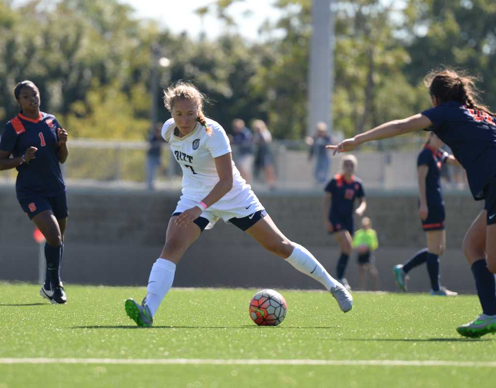 Juliana Vazquez and the Pitt women's soccer team were unable to covert any offensive chances into scores against UC Irvine.  Heather Tennant | Staff Photographer