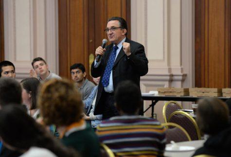 Students question Pitt's plan following open forum