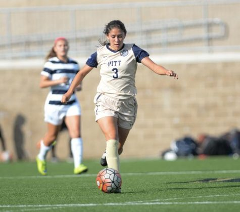 Women's soccer drops second straight road game to ranked team in No. 22 Duke