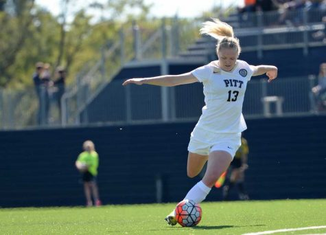 Finnish forward Roosa Arvas ends Pitt career on top