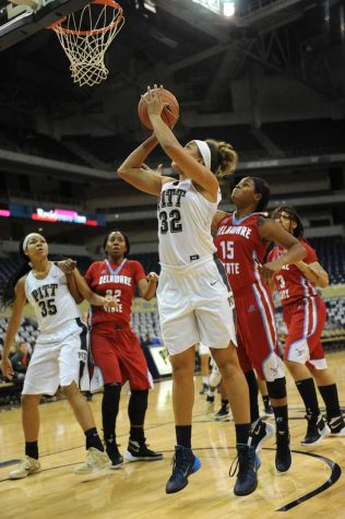 Stifling defense leads to blowout win  for Pitt women's basketball over Delaware State