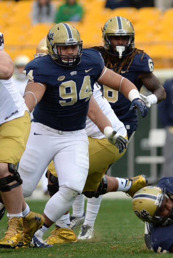Jeremiah Taleni breaks into the backfield during Pitt's 2015 game against Notre Dame. TPN File Photo