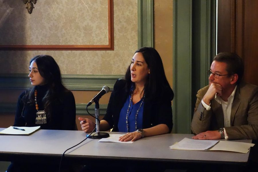 Panelists+spoke+about+the+%22Crisis+in+Syria%22+on+Saturday+in+the+William+Pitt+Union.++Wenhao+Wu+%7C+Staff+Photographer
