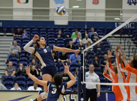 Volleyball splits final two road matches of the season