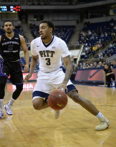 Wilson leads scorers as Pitt topples Central Arkansas, 100-47