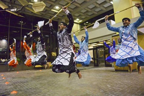 First Class Bhangra performed their dance routine in Posvar Hall Wednesday night. Wenhao Wu | Senior Staff Photographer