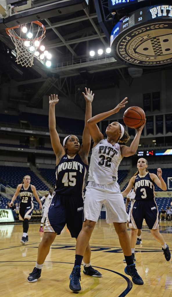 Kalista Walters scored thirteen points in Pitt's loss on Thursday against Syracuse. Valkyrie Speaker | Staff Photographer