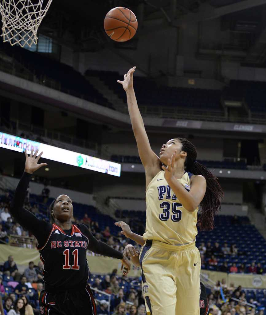 Stasha Carey goes for a layup in Sunday's loss to NC State.  Wenhao Wu   Senior Staff Photographer
