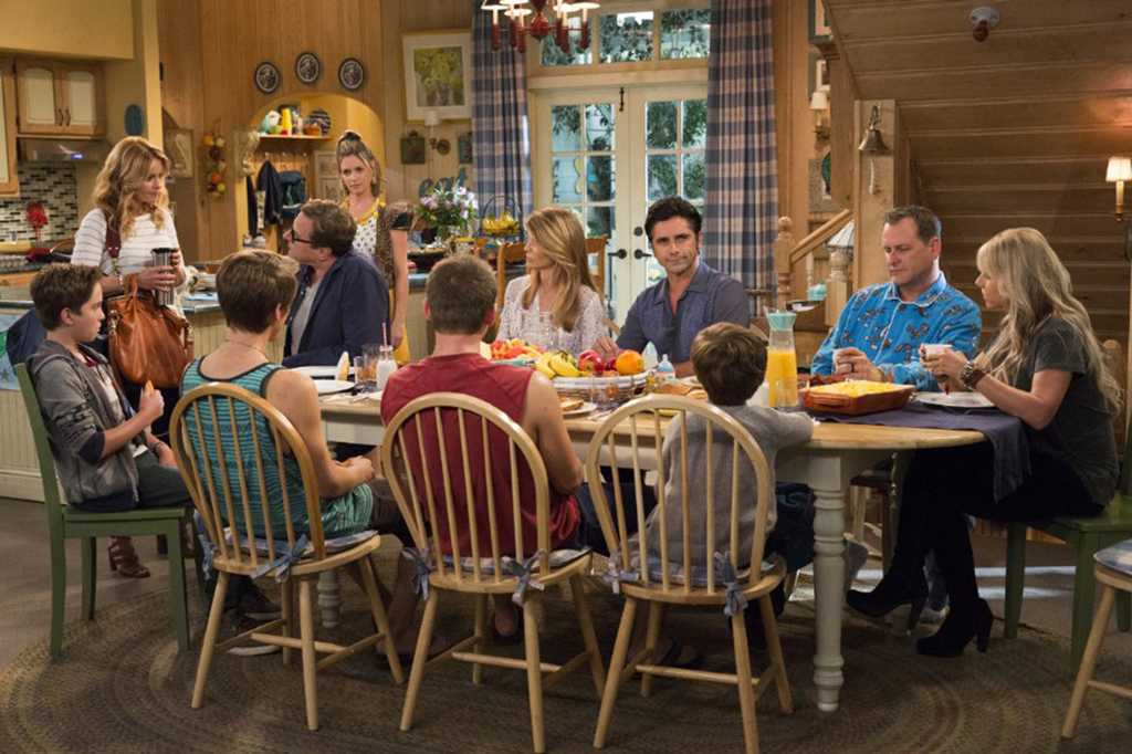 John Stamos, Andrea Barber, Candace Cameron Bure, Dave Coulier, Lori Loughlin, Bob Saget and Jodie Sweetin in