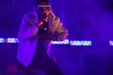 """Pablo"" unites divided Kanye"
