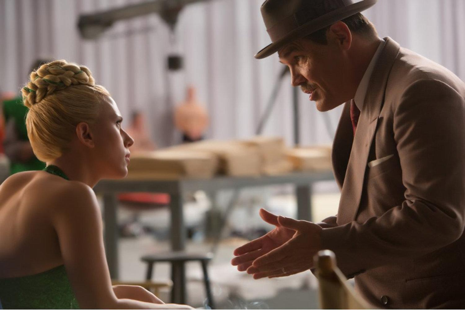 Scarlett Johansson and Josh Brolin in