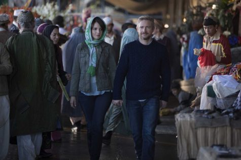"""Whiskey Tango Foxtrot"" presents confounding take on war"