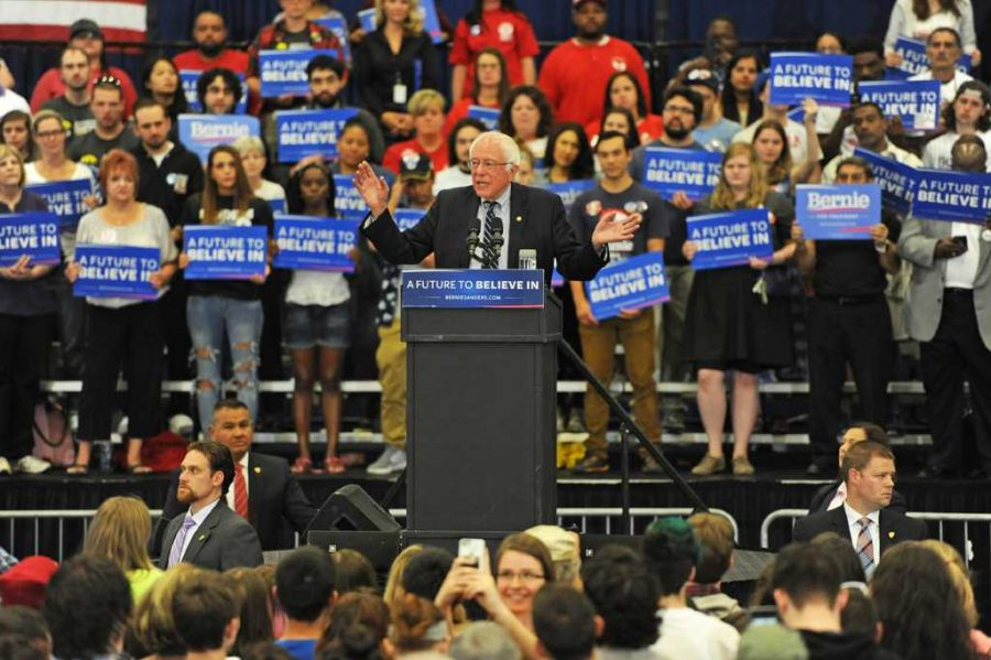 Democratic+presidential+candidate+Bernie+Sanders+held+a+rally+inside+the+Fitzgerald+Field+House+Monday+afternoon+ahead+of+the+Pennsylvania+primary.+Jordan+Mondell+%7C+Staff+Photographer+