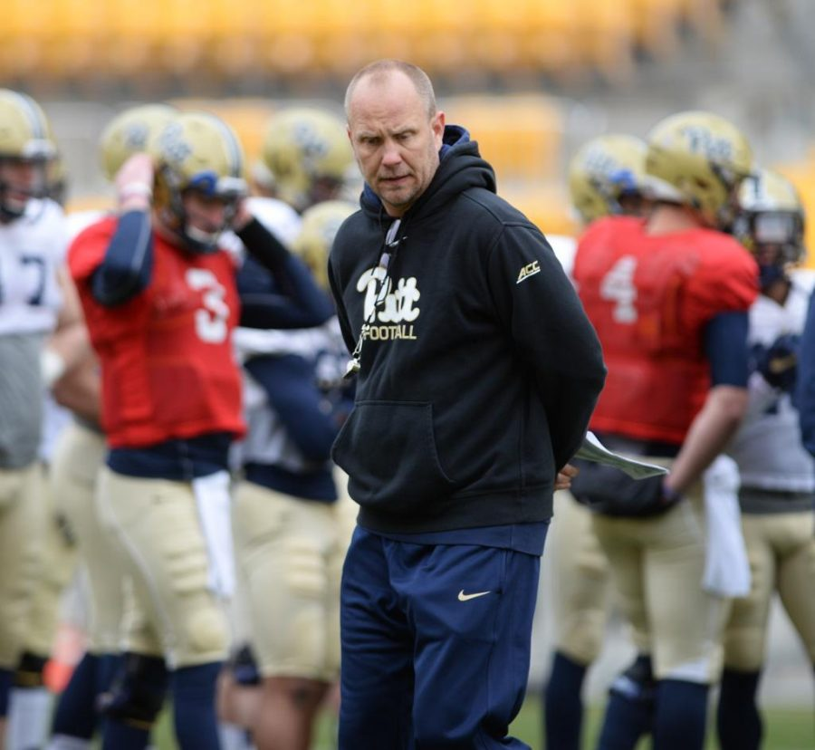 Offensive+coordinator+Matt+Canada+is+leaving+Pitt+after+one+season+to+take+the+same+job+at+LSU.+Jeff+Ahearn+%7C+Senior+Staff+Photographer