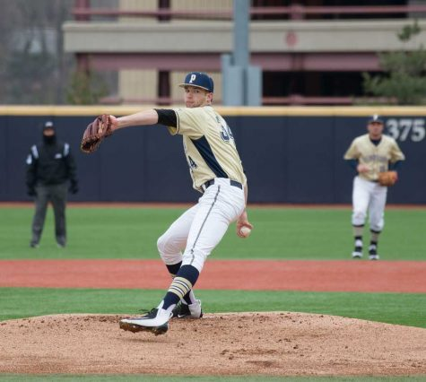 Blue Jays select Pitt's T.J. Zeuch No. 21 overall