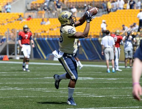 Jester Weah catches a pass during warmups for the Blue/Gold game. Jeff Ahearn | Assistant Visual Editor