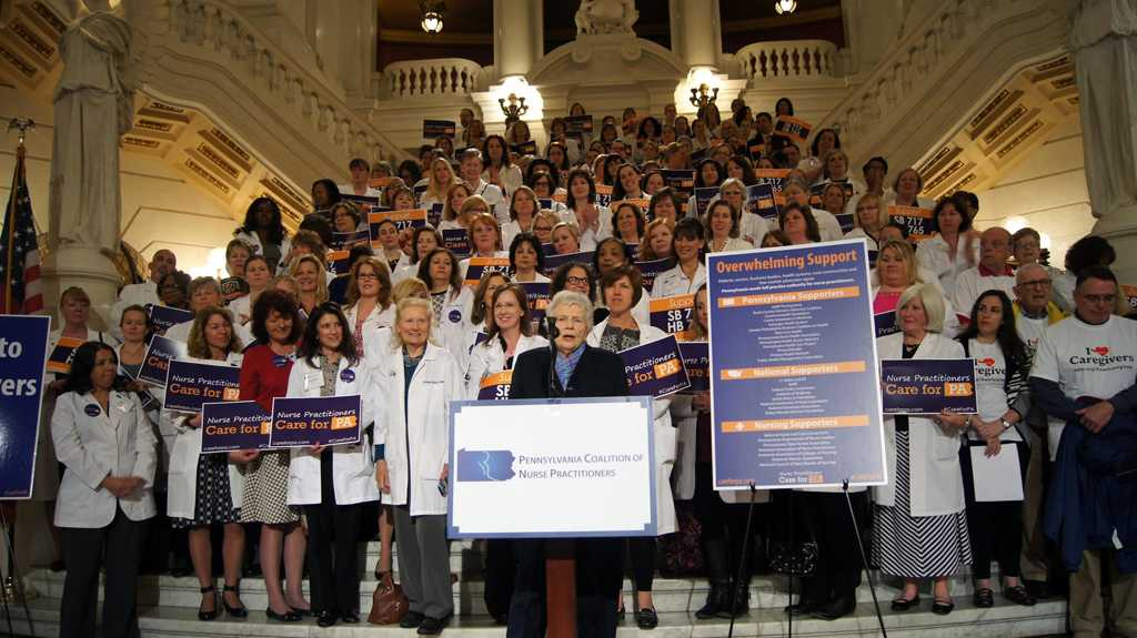 Senator Pat Vance gave a speech endorsing full practice authority on Tuesday, May 3, for Lobby Day 2016.| Photo courtesy of Pennsylvania Coalition of Nurse Practitioners