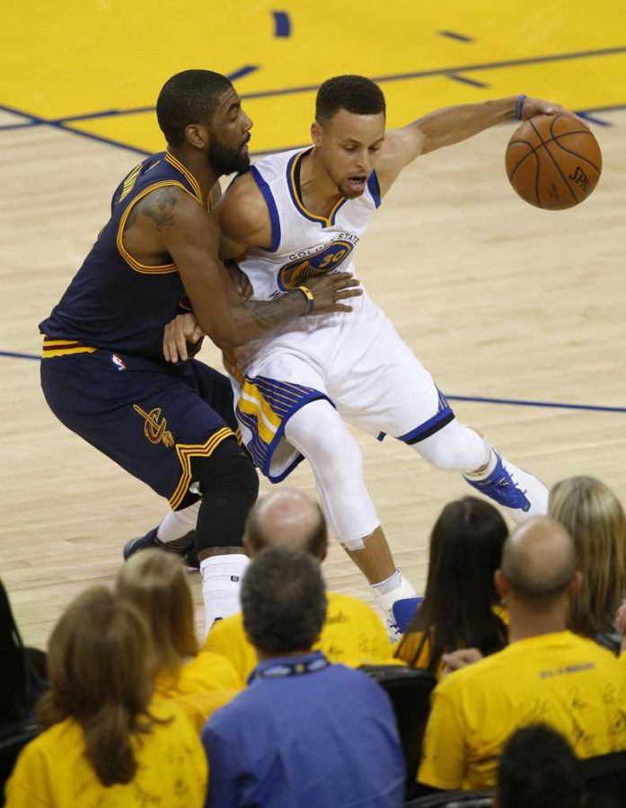 The+Warriors+have+blown+out+the+Cavaliers+in+Games+1+and+2+without+much+help+from+NBA+MVP+Stephen+Curry.+%28TNS%29
