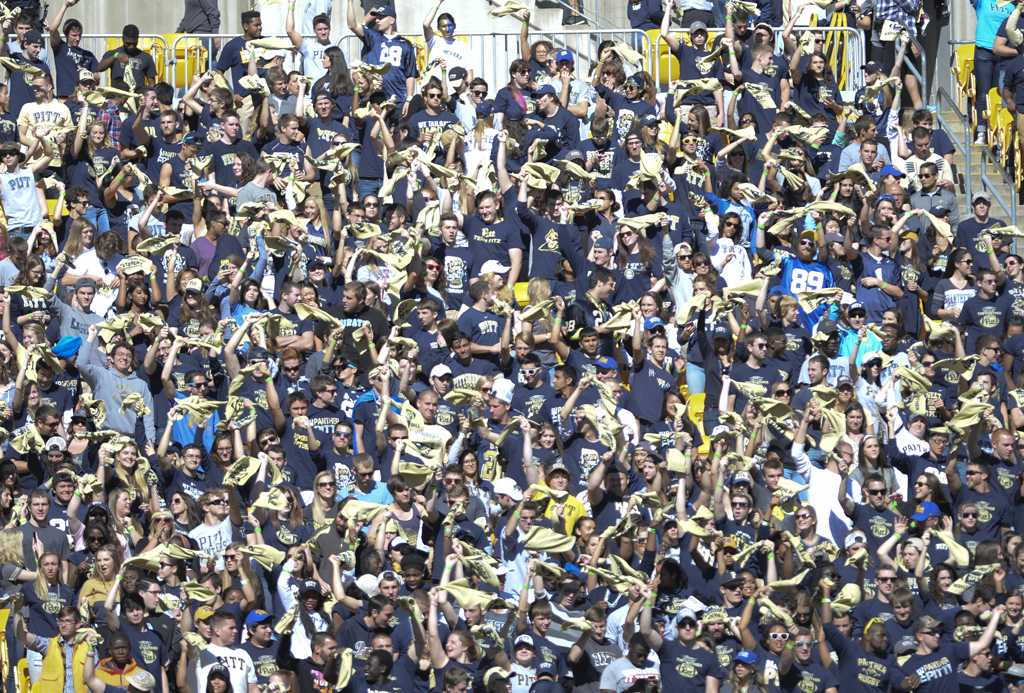 Attendance is on the rise heading into the 2016-17 Pitt football season.  Jeff Ahearn | Senior Staff Photographer