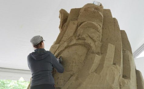Pittsburgh celebrates bicentennial with sand-sculpting competition