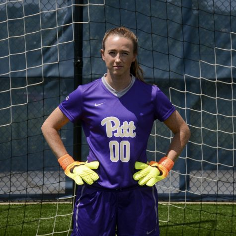 A model of consistency: Q&A with Pitt goalie Taylor Francis