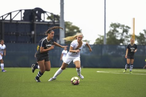 Pitt women's soccer improves but loses to Kansas, 2-1