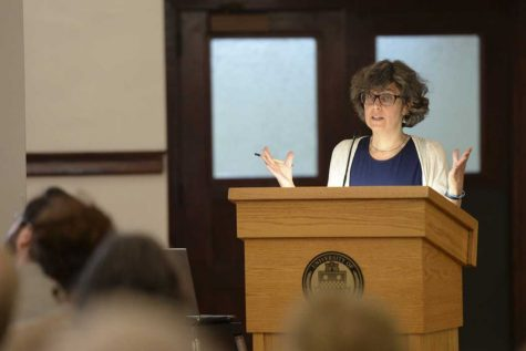 School of Information Sciences talks archival data from Holocaust